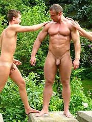 Muscle man and two horny twinks, Added: 2012-03-09 by William Higgins
