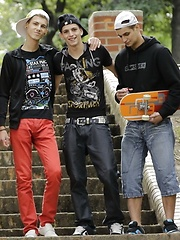 3 Twinks & 2 Studs - Loads of cum!, Added: 2013-08-16 by Staxus