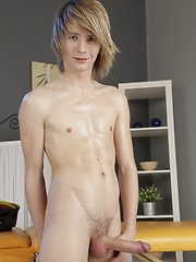 Spunky Massage Results In A Jizz-Loaded Bareback Threesome!, Added: 2013-08-22 by Staxus