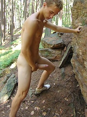 Blond czech twink posing naked outdoors, Added: 2011-09-19 by Czech Boys