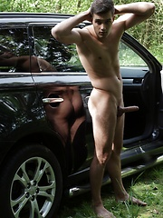 Outdoors: Horny Fucker Sam Williams Gives Hot Twink The Ride Of His Life!, Added: 2016-12-10 by Staxus